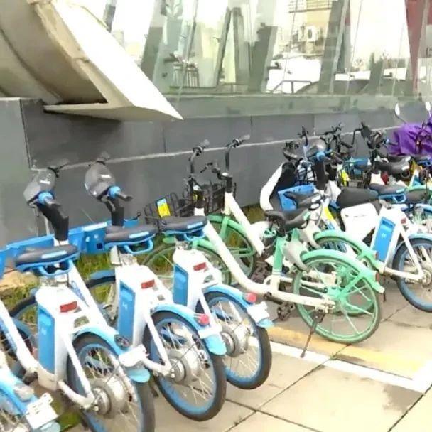 日均每个地铁口投放大约50辆,共享单车覆盖地铁4号线,市民环保出行无缝衔接