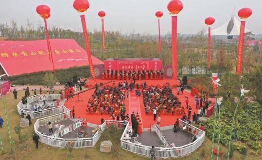 淮北市总工会、中煤矿建集团联手举办第六届职工集体婚礼