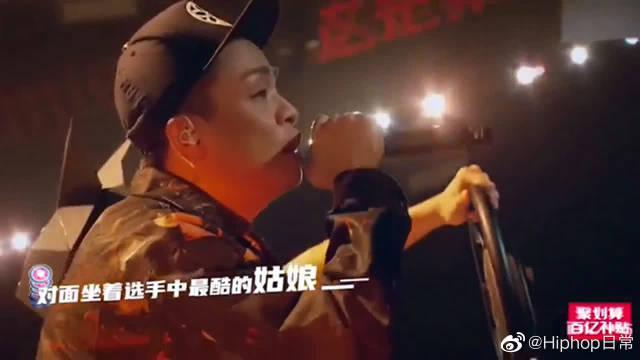 说唱诗人夏之禹已成气候,勇敢做好自己,十年后的你超棒!