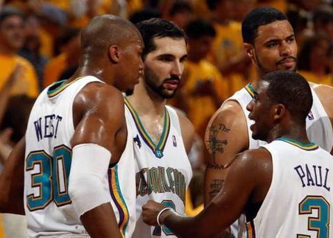 自踏入NBA赛场的那一刻起,保罗就注定会成为一代控场大师!