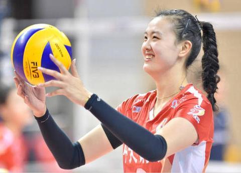 小国家队主力阵容浮出水面,中国女排二姐领衔,一人或成超级替补