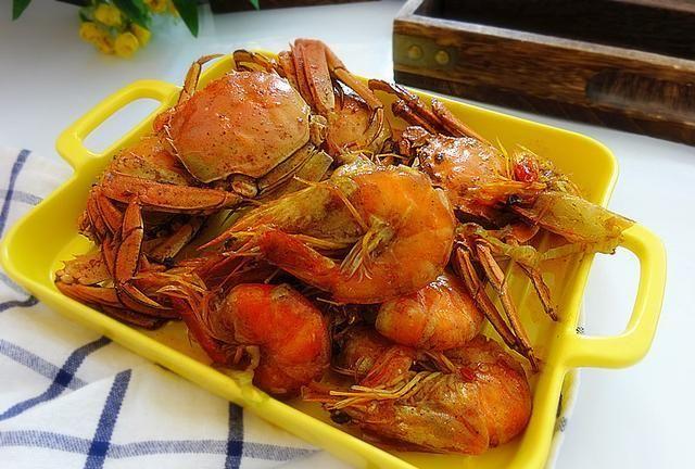 做螃蟹大虾腥气重,是您操作方法不对,这么做简单省事又鲜美