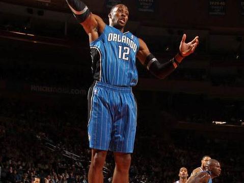 姚明NBA首秀仅得到0分2篮板,那奥尼尔和霍华德呢?