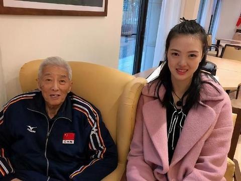 张常宁更新微博悼念,中国男排前教练去世,外孙女是中国女排国手