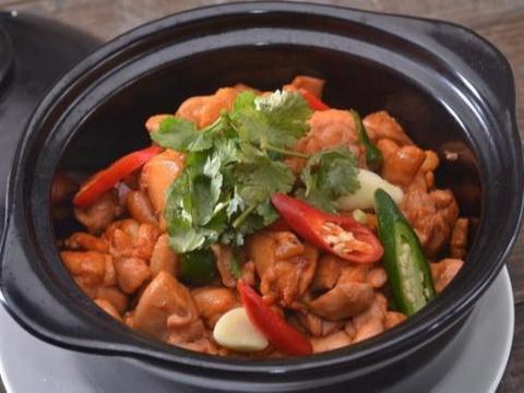 美食推荐:蚝汁鸡仔煲,滋补菌菇芋汤,香酱茄子