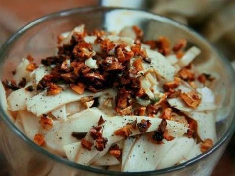 美食精选:椒盐猪小排、凉拌黄瓜腐竹、凉拌杏鲍菇