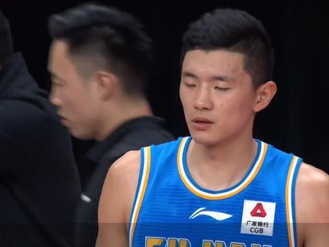 MVP超巨单节0分,王哲林又梦游!山西王牌还没上,鱼腩就要输