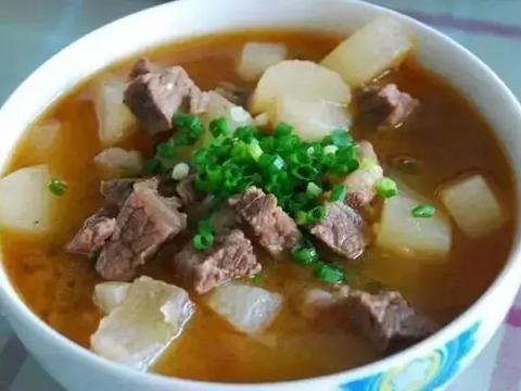 美食精选:酸汤小羊肉、萝卜炖牛肉、尖椒炒平菇