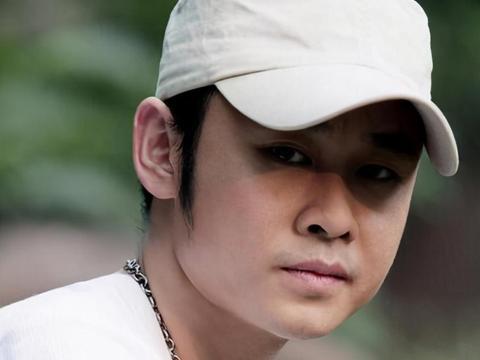 刀郎因被质疑排挤而淡出乐坛,他的淡去让歌迷们很是心酸