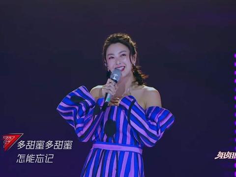 39岁李小璐光脚跳女团舞,业务能力超张雨绮却遭网友嘲讽,公平吗