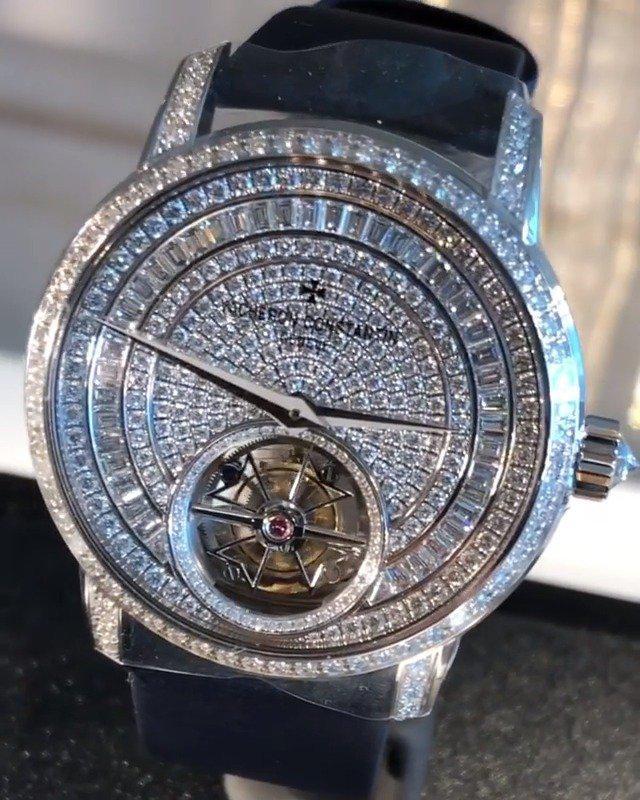 江诗丹顿的全钻月相表,所以只要是满镶钻的腕表……