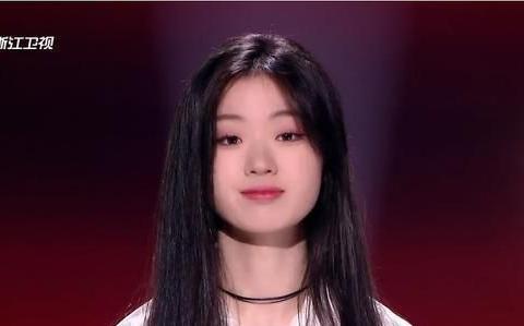 单依纯演唱了她不擅长的歌曲,依然将马璐淘汰