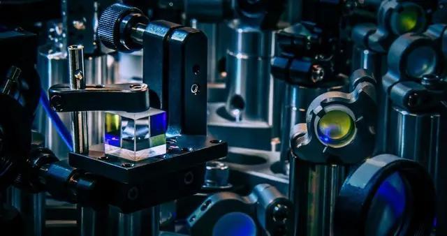 霍尼韦尔推出10量子比特的H1量子计算机