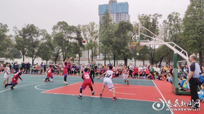 2020年娄底市直学校中小学生篮球赛在娄底一中附属实验学校圆满收官