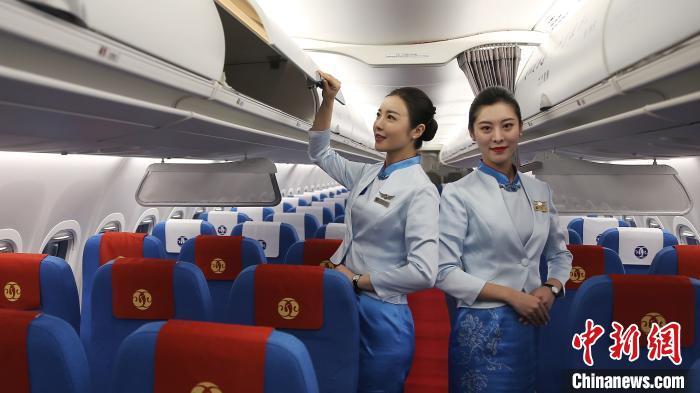 """""""宜春""""号ARJ21飞机客航。(中国商飞 供图) 徐炳南 摄"""