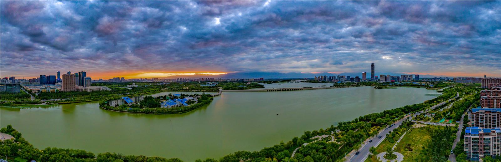 【黄河两岸是我家】大视野瞰宁夏:阅海晚霞