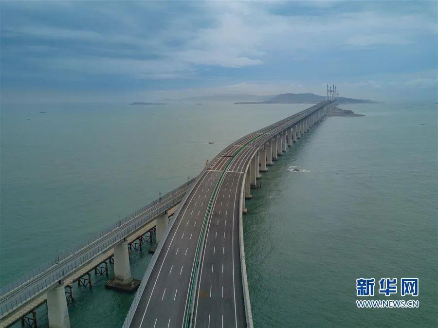 世界上最长跨海峡公铁两用大桥 修通了!(图)图片
