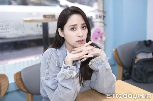 """欧阳娜娜的姐姐被台湾""""酸民""""网暴"""