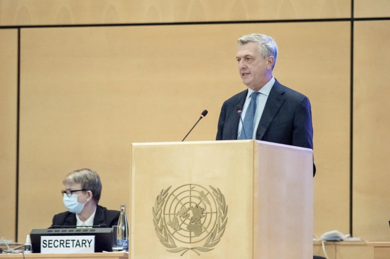 联合国难民署探讨疫情下的人道救援联合国难民高专呼吁:团结应对!