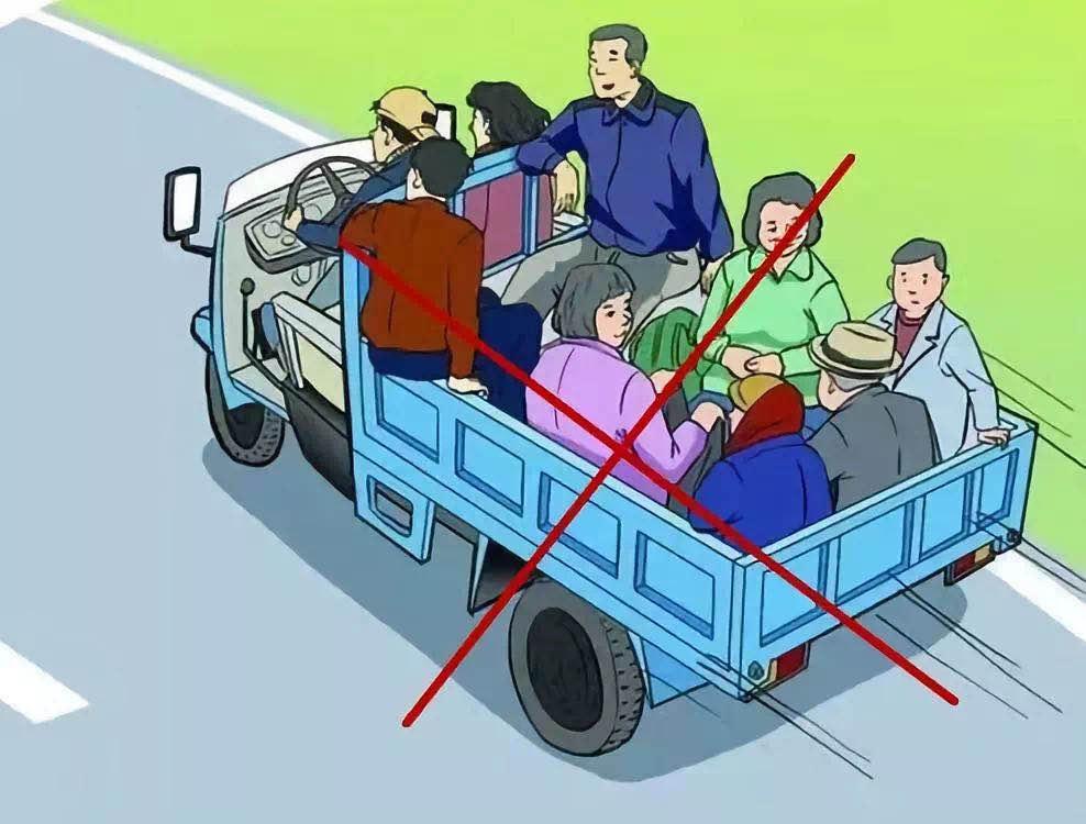 聚焦吉林农村车辆超载:一个月查处十万起 有货车超员12倍图片