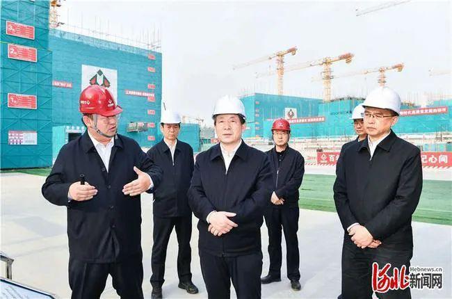 6日,河北省委书记、省人大常委会主任王东峰,省委副书记、省长许勤到此实地观察。