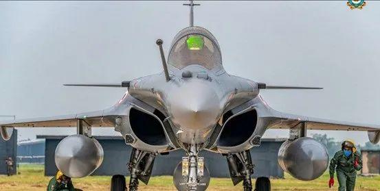 """印度空军已经有5架""""阵风""""战斗机服役"""