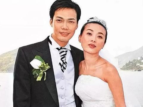 谢天华李天恩夫妇相爱14年,恋爱8年结婚,恩爱如初高龄生产