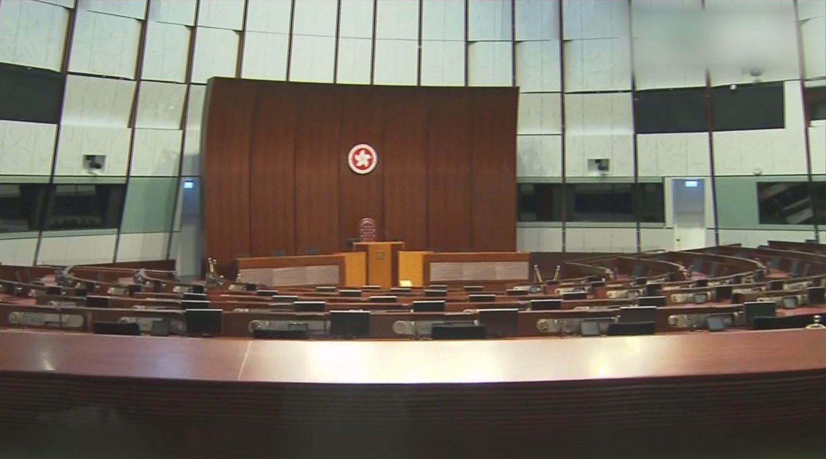 """又一香港""""揽炒派""""议员被拘捕 涉嫌触犯《立法会条例》"""
