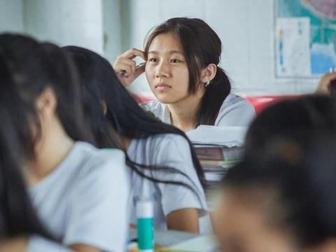 半数学生上不了高中去职高,社会正惩罚不努力的人,你还敢玩吗?