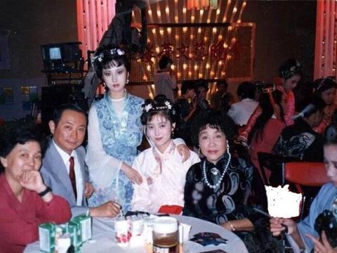 87版《红楼梦》晚会剧照:利智演的贾宝玉,大家见过吗