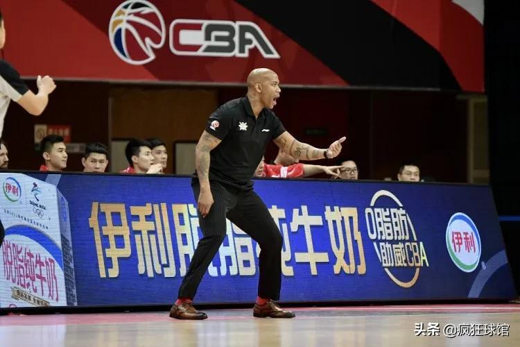 北控队难得赢球了!这次他们战胜的是李楠执教的江苏队。