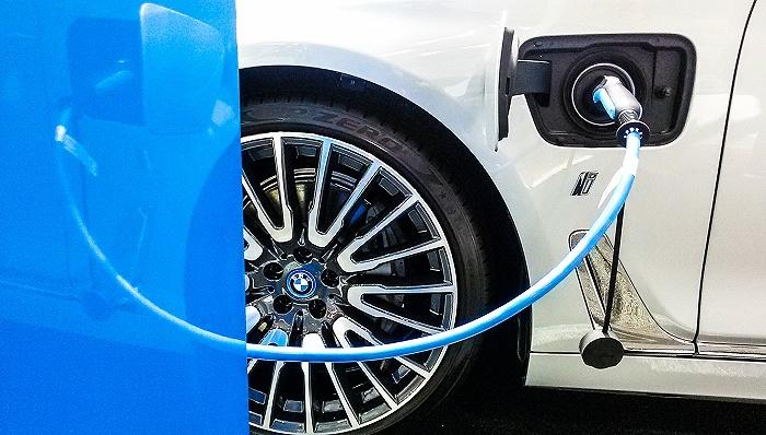 俄专家评中英新型熔融盐蓄电池用于绿色汽车制造的前景