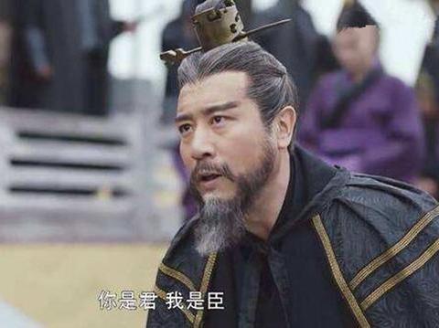 曹操宁可称王,为何不敢迈出最后一步称帝?还有更重要的两个原因