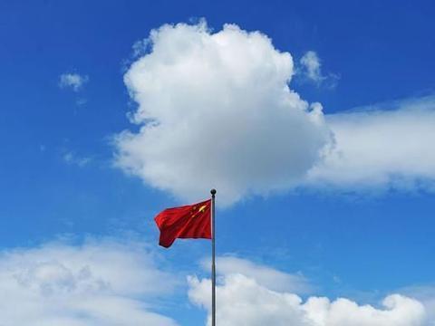 心怀感恩 励志成才—鹿邑县高集乡惠民学校举行升旗仪式