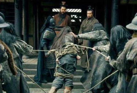 吕布从未斩杀过大将,为何三国武将中能排第一?因一记录无人能破
