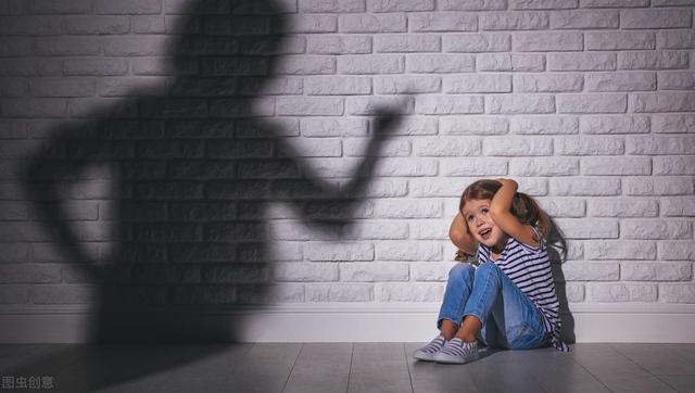 现代家庭育儿现状:喜欢拿孩子做比较,累了家长,也毁了孩子