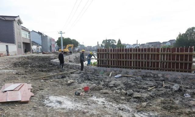 溧阳市领导督查农村人居环境整治工作