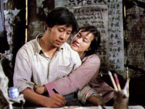 63岁被传怀孕的刘晓庆,35年前插足陈国军婚姻,为何遭到姜文报复