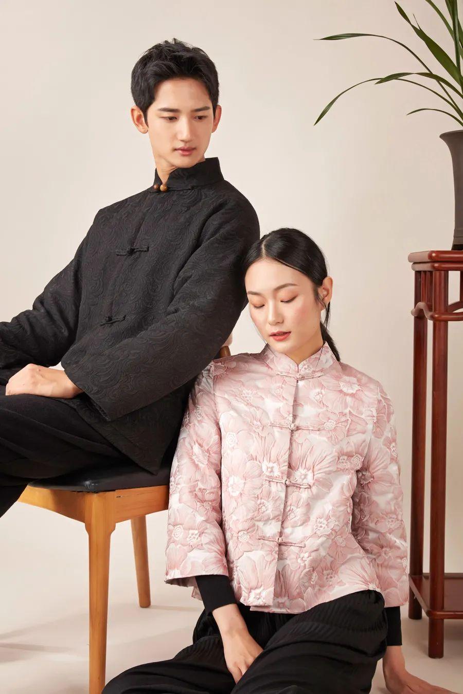 新中式羊绒外套,配沉香扣,穿出中国人的气质 || Chin
