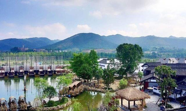 陕西耗资3.5亿的古镇,距汉中市55.5公里,门票10元不输蜀河古镇