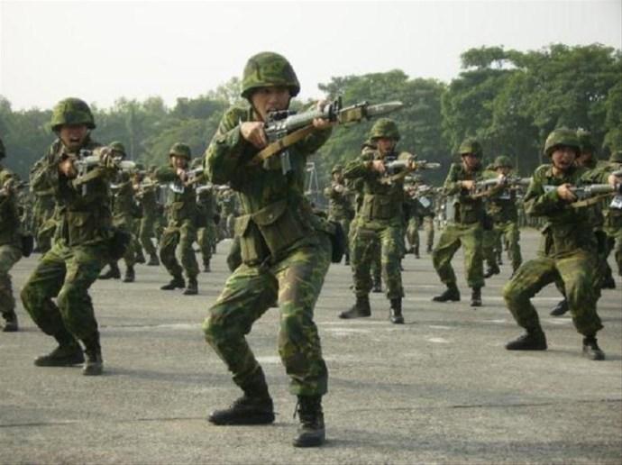 台湾拟提高战死官兵抚恤金 台军:有助提振士气图片