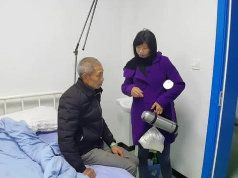 大姐去看爸爸心里放心了,结石也打了早日康复,身体健健康康的