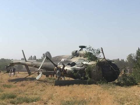 阿富汗两架陆军直升机东部坠毁 已致15人死亡