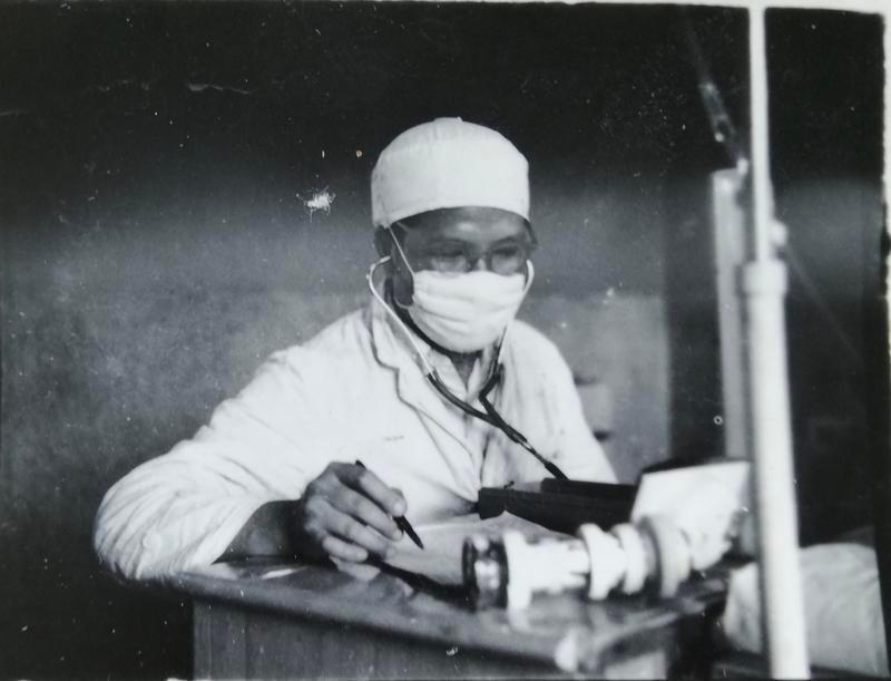 留医部的故事︱吴志亮:率先用微创手术治疗前列腺增生症和膀胱癌