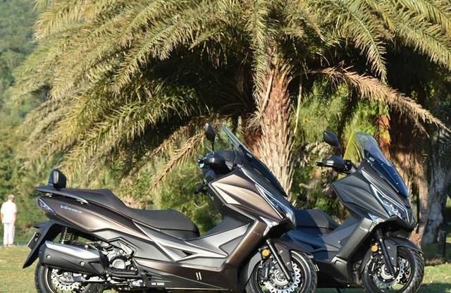 又一实在小踏板!单缸水冷299cc,开70轻松过弯,2.7万你会买吗