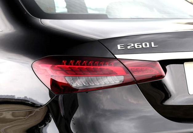 新奔驰E级入门即2.0T,手中的E级突然就不香了