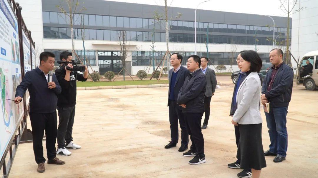 """赖俊赴高新区、犍为县调研党建助推""""一总部三基地""""建设工作"""