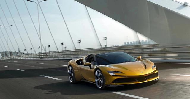 百公里加速2.5秒,不限量生产|法拉利首款插电式敞篷跑车发布