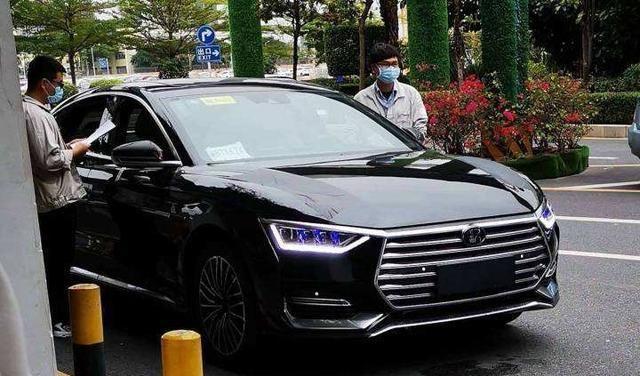 外形颇似奥迪A6,加速性能更佳,比亚迪推出E9,价格令人期待