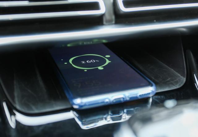低调的性价王,轴距近2米8,入门就有185马力,手机解锁还能唱K